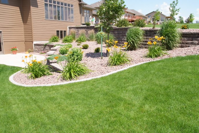 Landscaping ground cover rocks : Ground cover